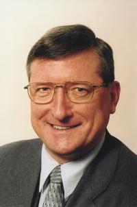 Dr. Bernhard Görgens